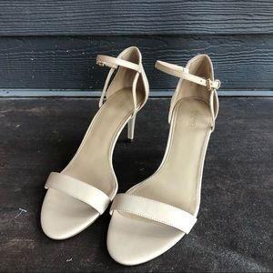 🔥Michael Kors nude strappy heel size 10 NEW